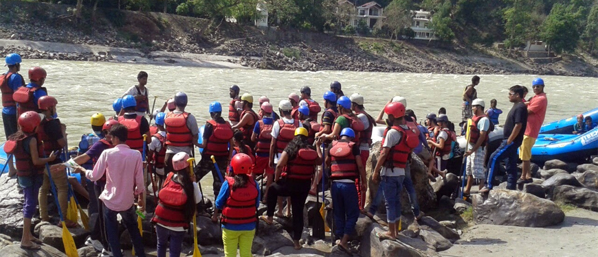 rafting-at-shivpuri-rishikesh