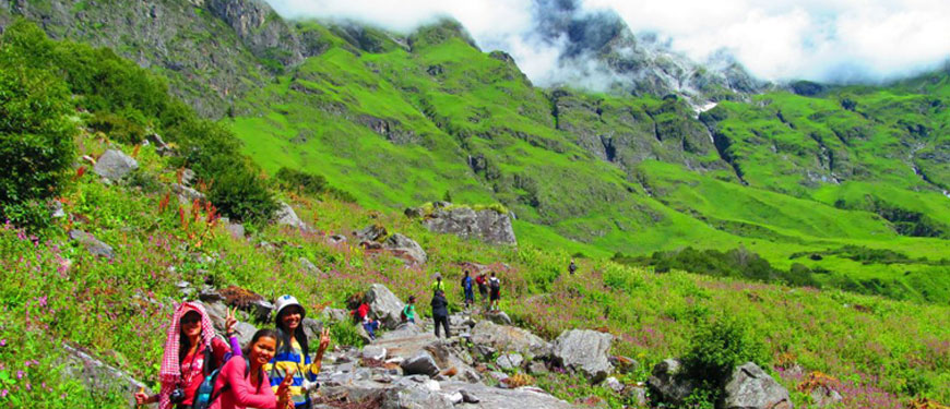 valley-of-flowers-trekking-packages